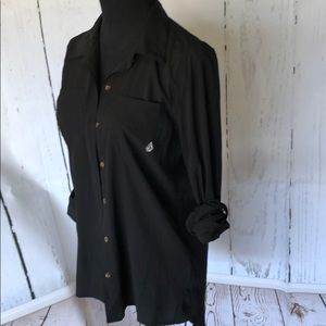 Black button up fitted tunic